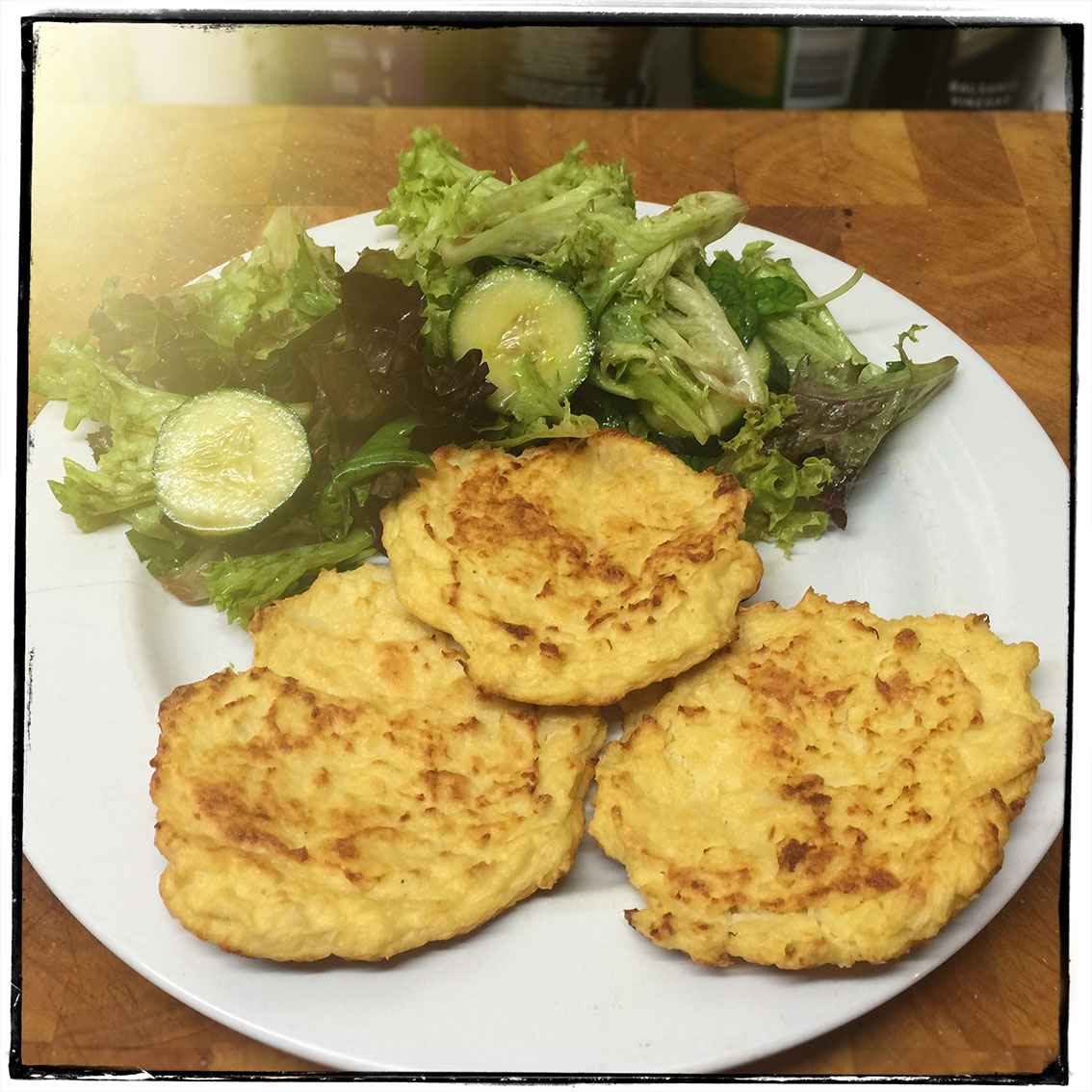 cheesy-cauliflower-patties-all you can eat diet- bodystyling fitness