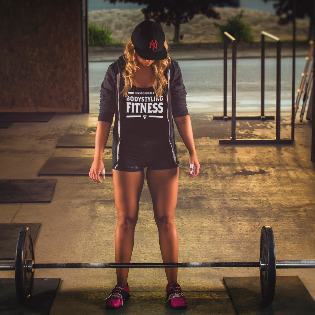 deadlifts-girl