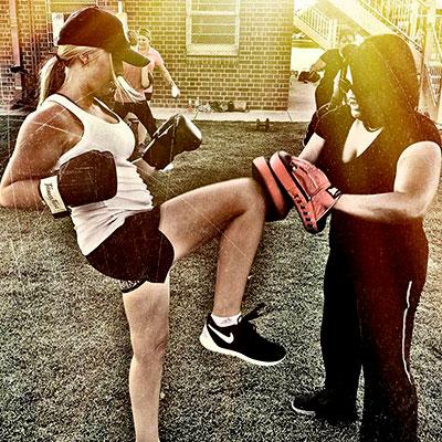 knees kickboxing